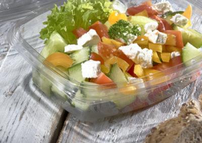 šopský salát s balkánským sýren