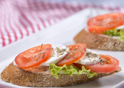 chlebíček caprese