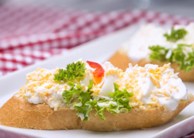 chlebíček vajíčkový sypaný